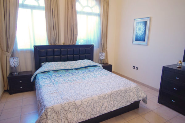 4 BR Villa with pool - 2